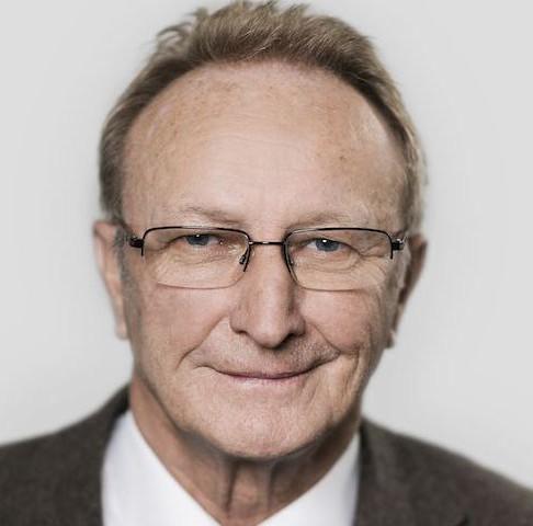 Dr. Arthur Loepfe